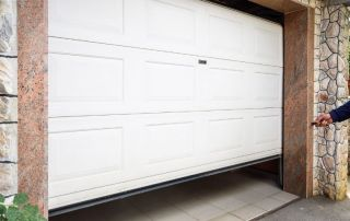 Motorisation de porte de garage 79